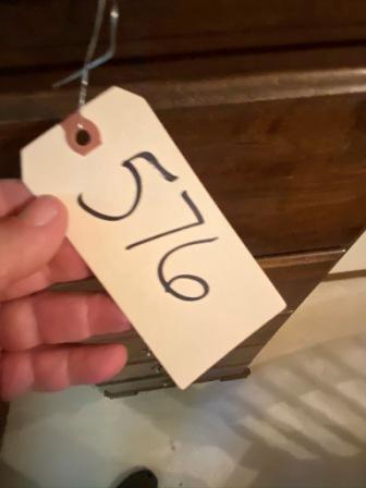576 (1)